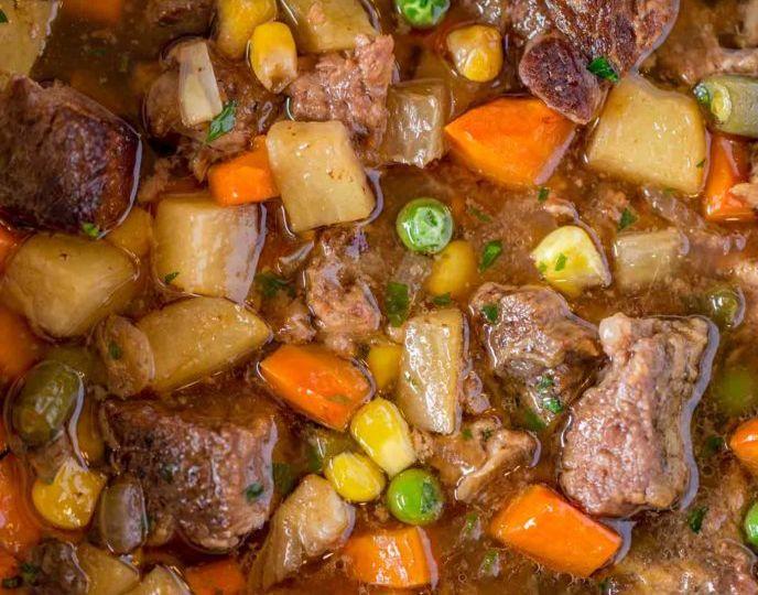 aftannfit-crockpotstew veggies