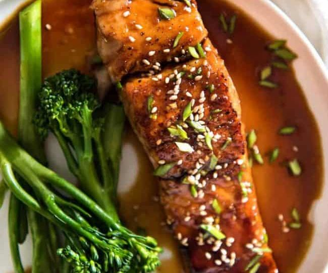 Honey-Garlic-Salmon-650x910