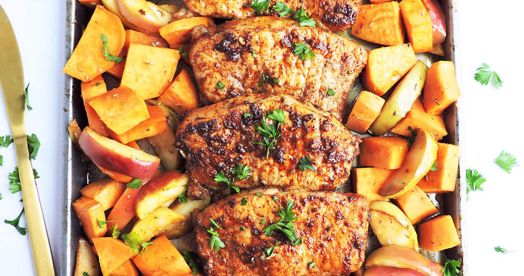 Sheet-Pan-Honey-Glazed-Pork-Chops-with-Sweet-Potatoes-Apples-1024x962