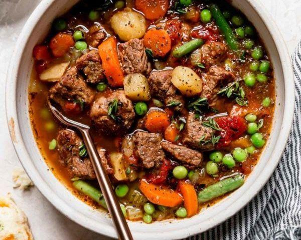 Instant-Pot-Vegetable-Beef-Soup-4-e1603740629852